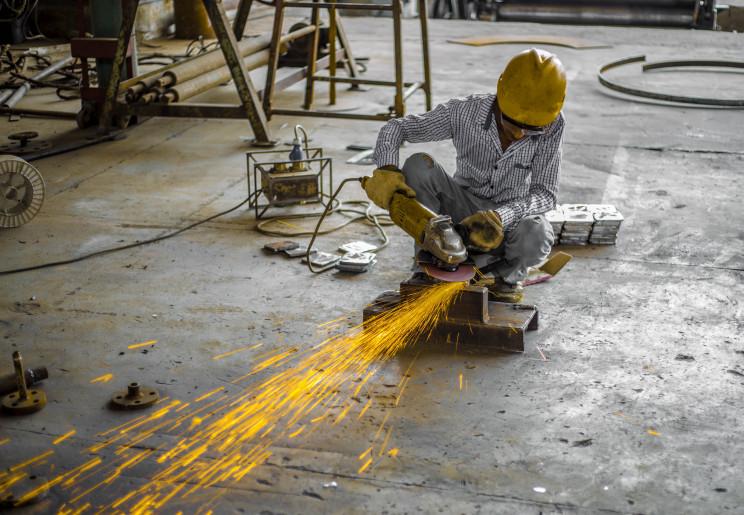 Produção na construção recupera em maio com alívio do confinamento na Europa